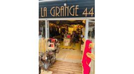 La Grange 44