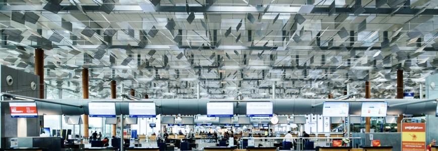6 astuces pour passer la sécurité avec style dans les aéroports