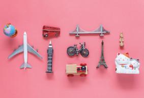 Les souvenirs : symboles incontournables de voyage ?